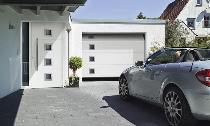 haust ren h rmann haust ren augsburg. Black Bedroom Furniture Sets. Home Design Ideas